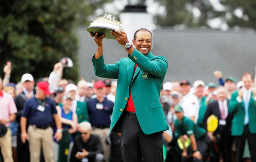 Tiger Woods luce - noticiasACN